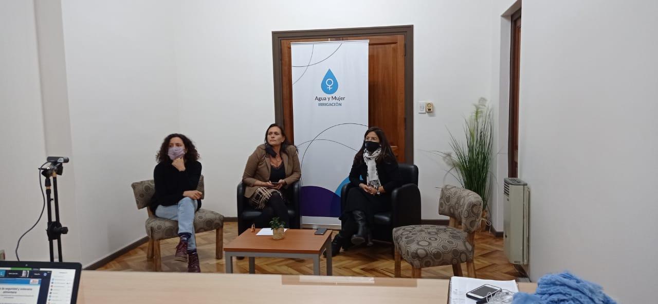 1° Encuentro del Ciclo de Charlas del Programa Agua y Mujer