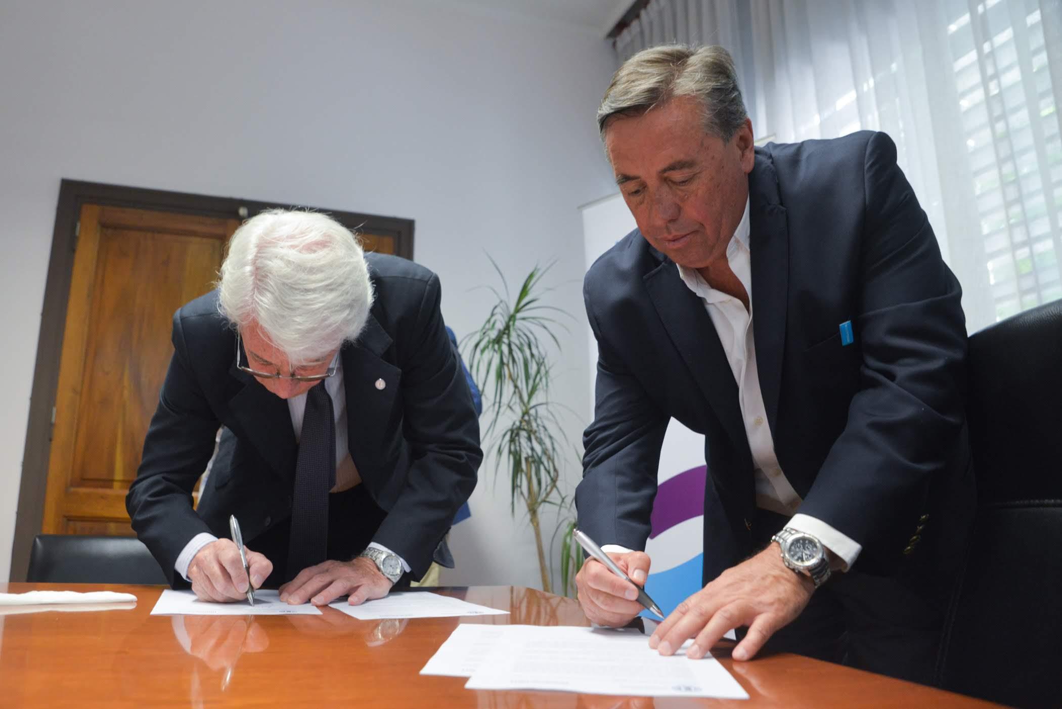 Irrigación y la Comisión Nacional de Energía Atómica firmaron un convenio de cooperación