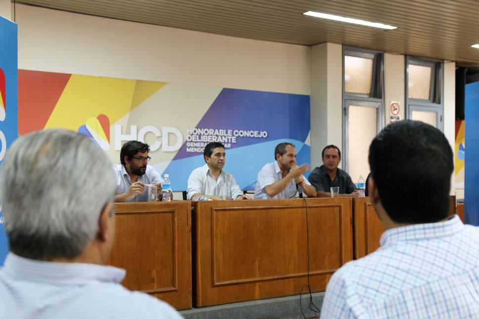 Reunión con productores en Alvear, previa a la de hoy en Buenos Aires