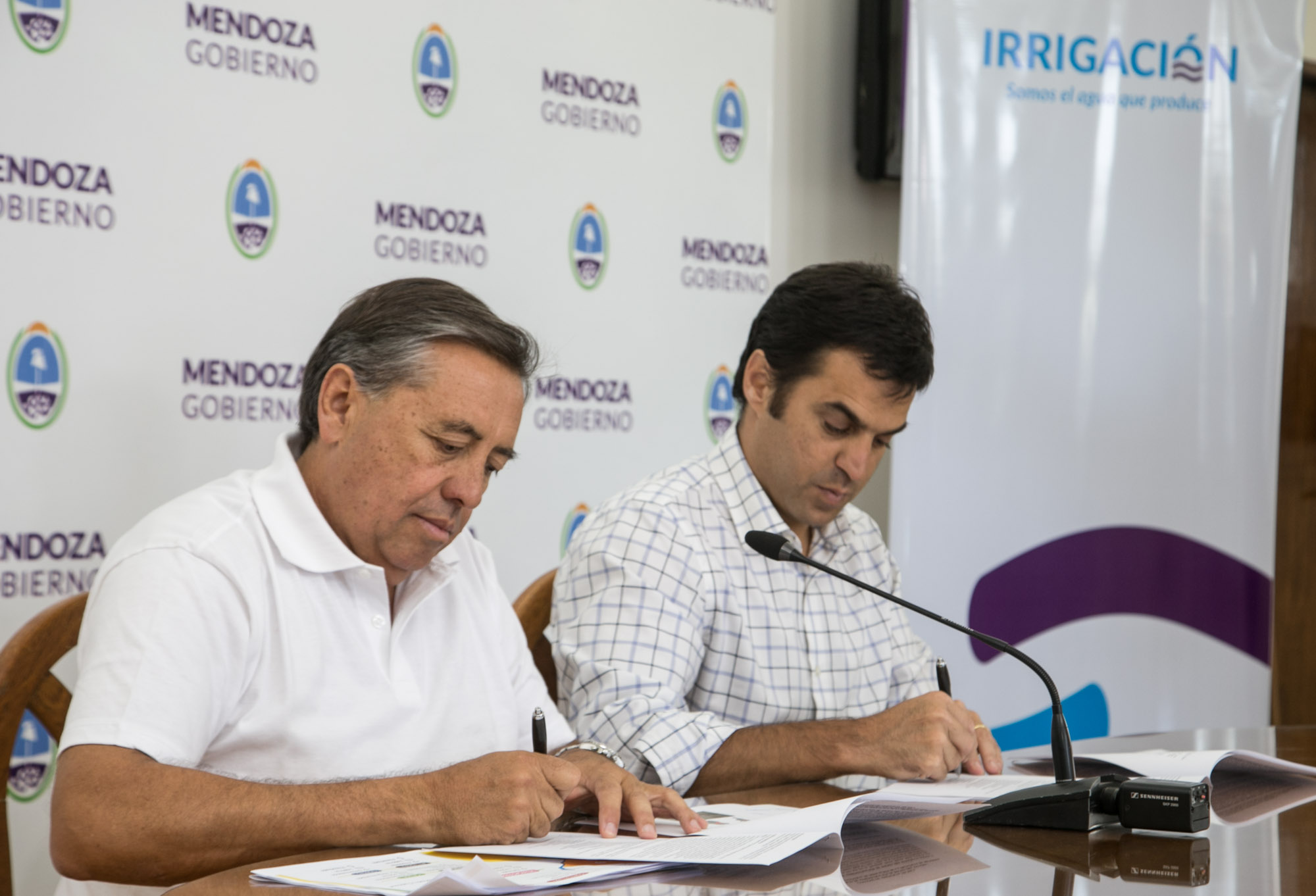 Irrigación firmó un convenio de asistencia técnica con la Agencia de Administración de Bienes del Estado (AABE)