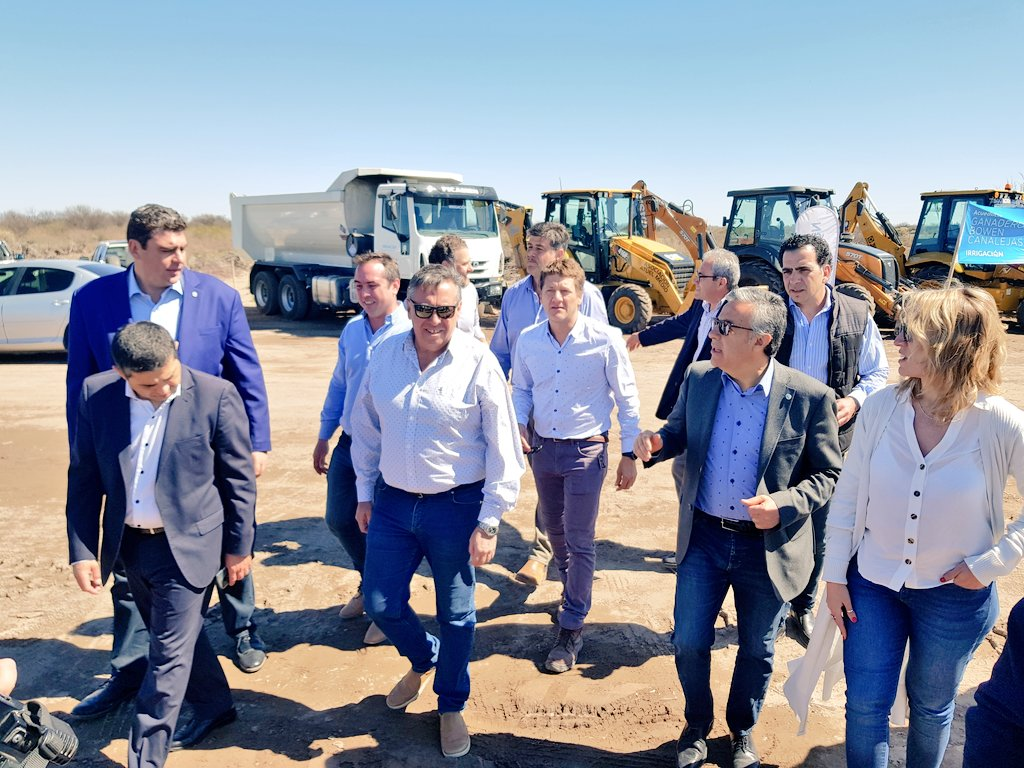 Cornejo y Marinelli pusieron en marcha el Acueducto ganadero Bowen-Canalejas