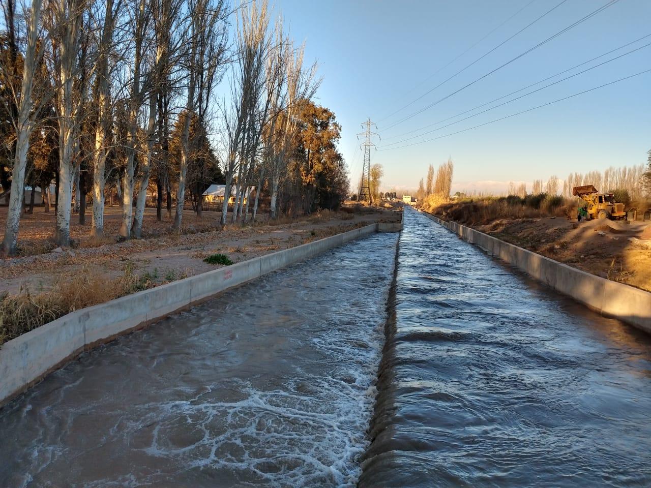 Regresó el agua a la cuenca del río Mendoza