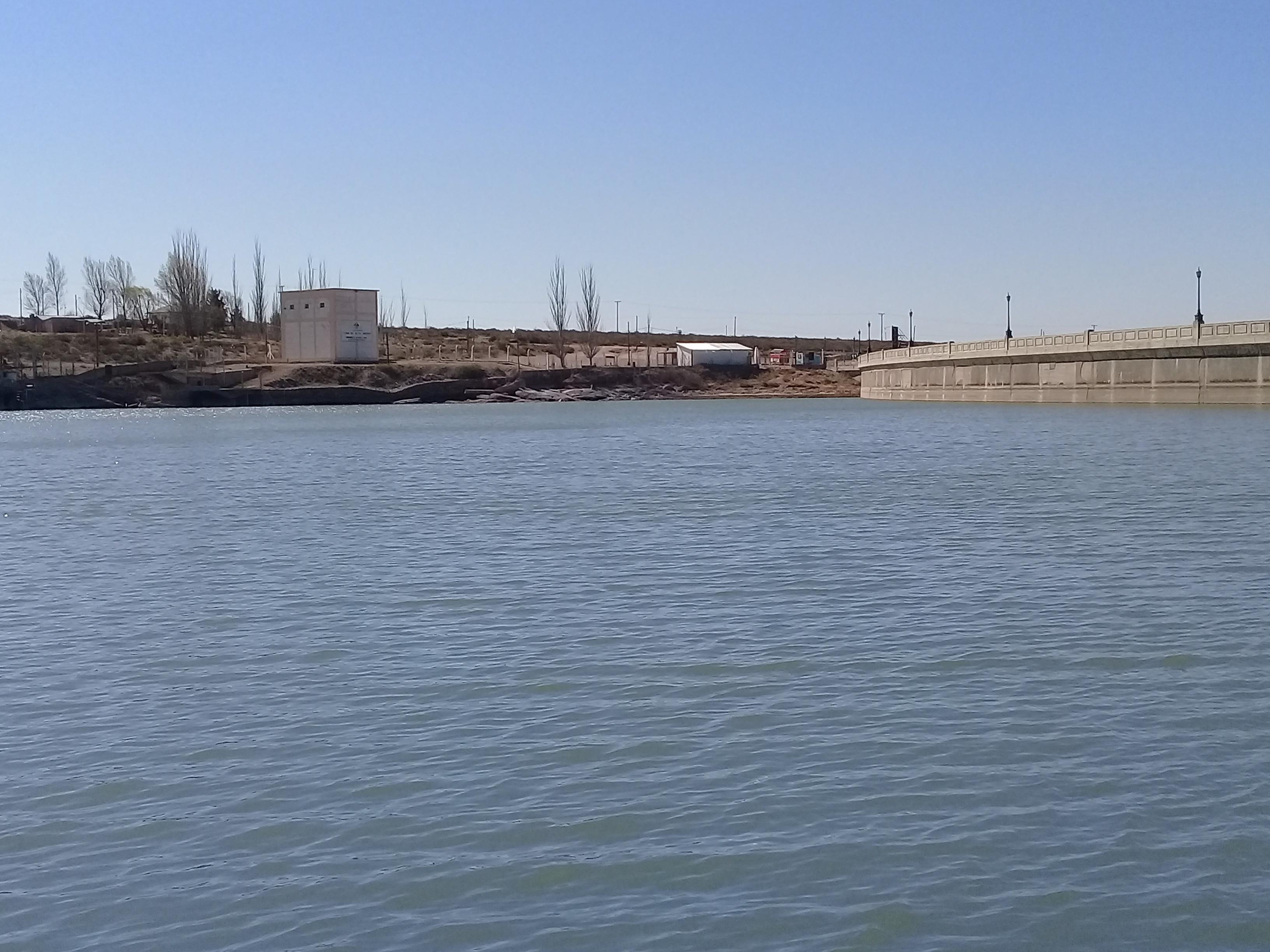 Irrigación controla la calidad del agua en embalses provinciales
