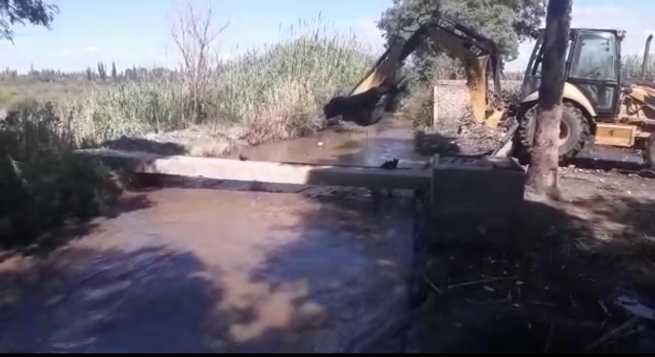 Irrigación reparó y limpió canales en Lavalle