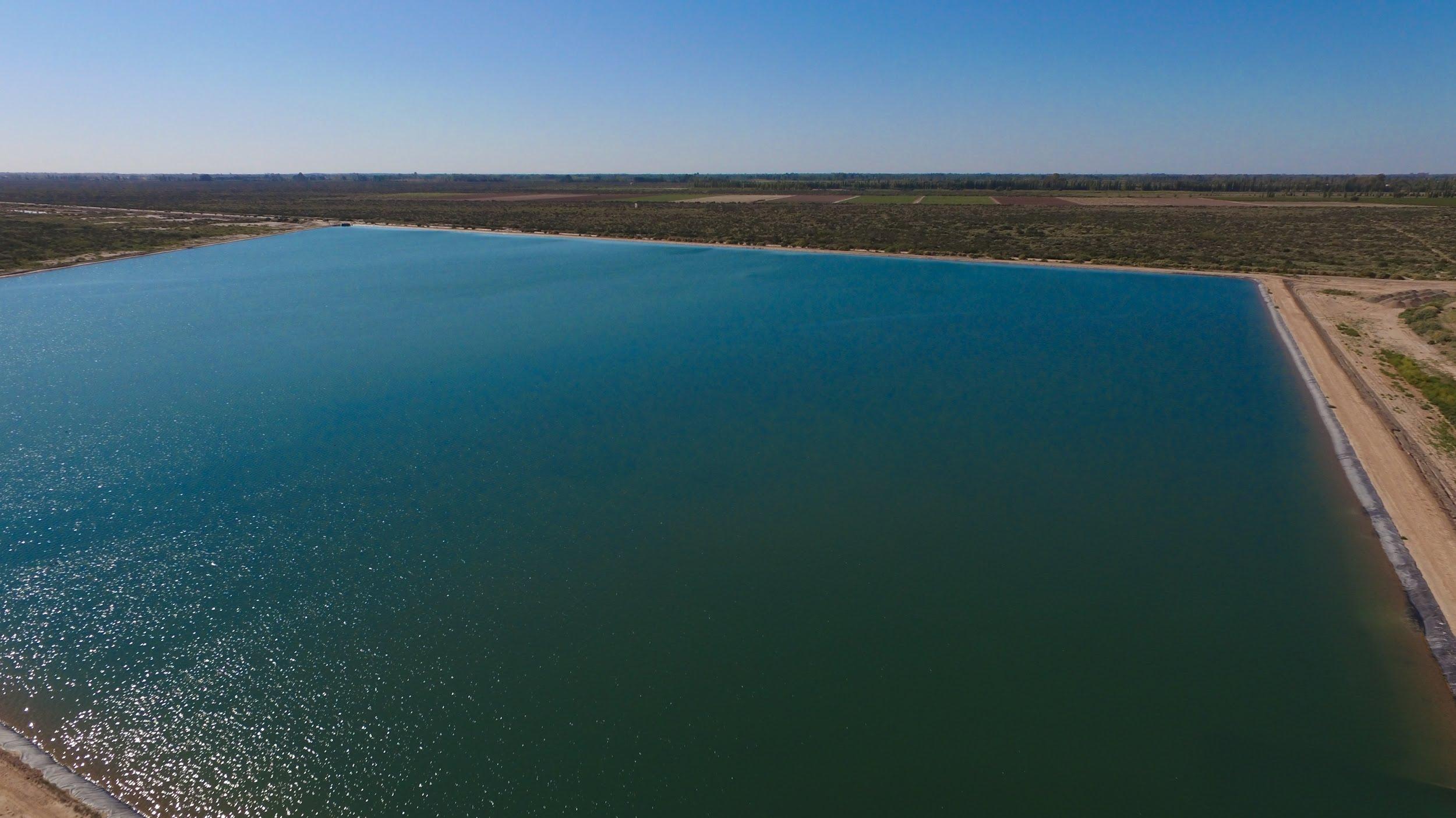 Foto aérea del reservorio ubicado en San Martín.