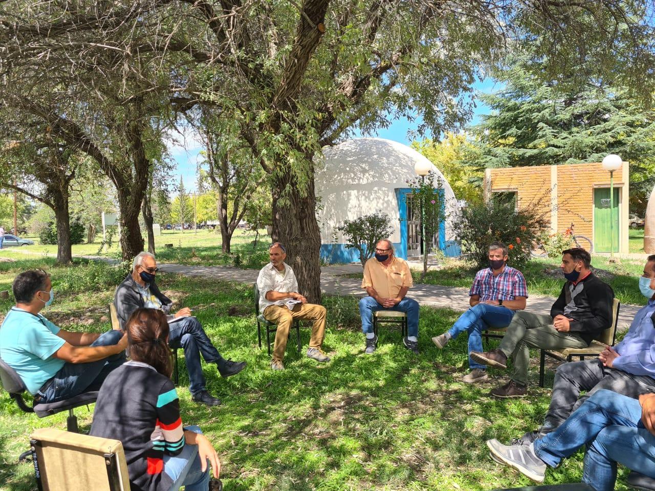 La problemática ambiental, común denominador en un encuentro entre Irrigación y el gobierno de San Carlos