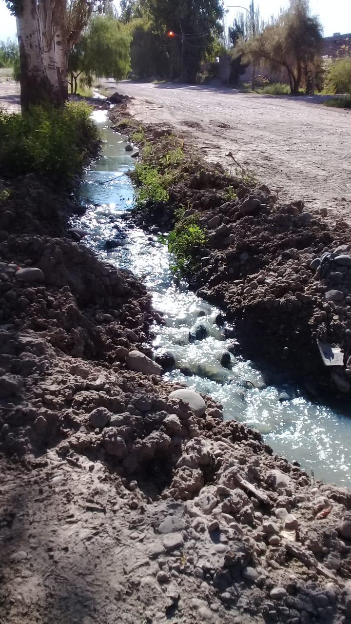 Irrigación intimó a la Municipalidad de Luján porque constató el vuelco de efluentes cloacales al agua
