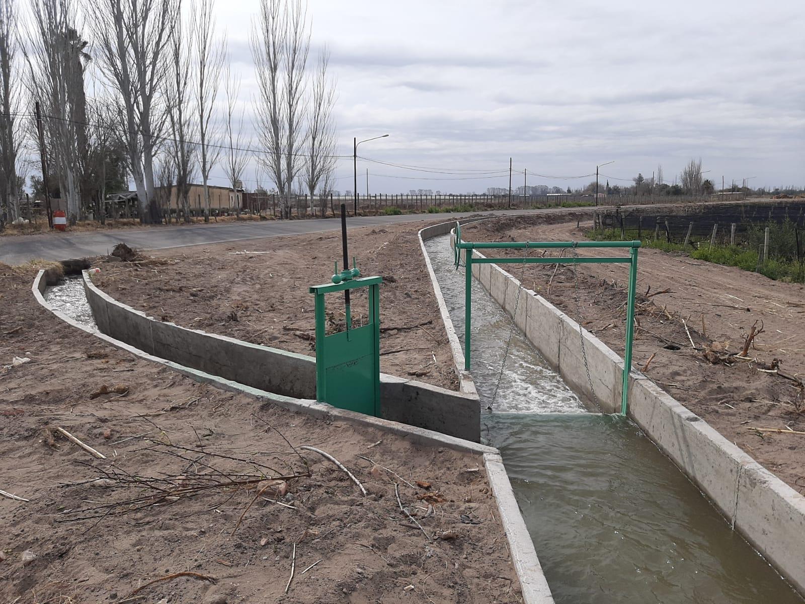 Suárez, Marinelli e intendentes inauguran este viernes una obra de impermeabilización en el Este de Mendoza