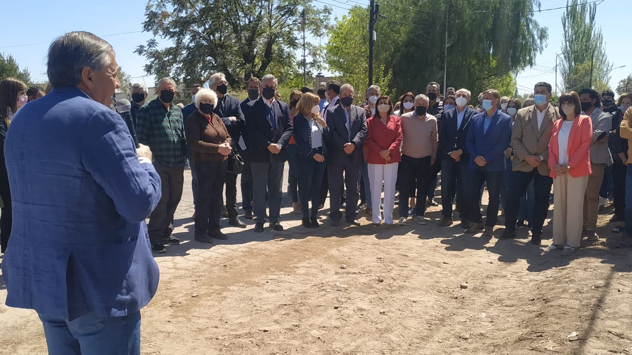 Suarez, Cornejo y Marinelli inauguraron una obra en San Martín, que evita importantes pérdidas por infiltración